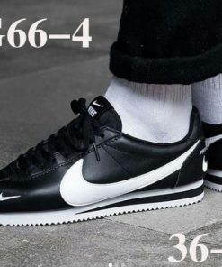 נעלי נייק קורטז